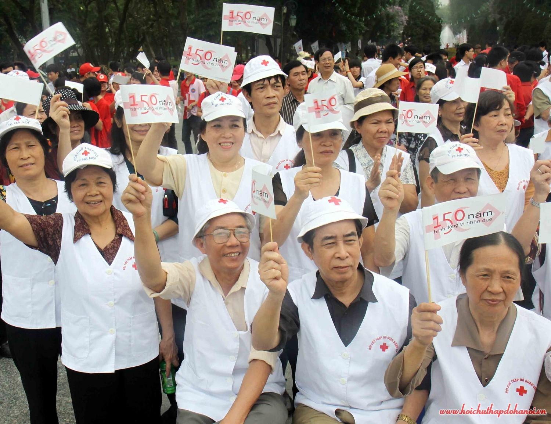 TTN Các tình nguyện viên tham gia míttinh